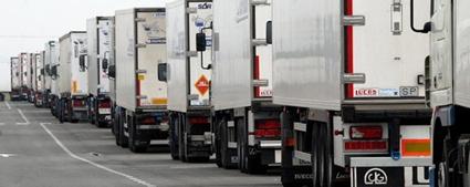 Protestas en el transporte de mercancías en Cádiz por el bloqueo de su convenio