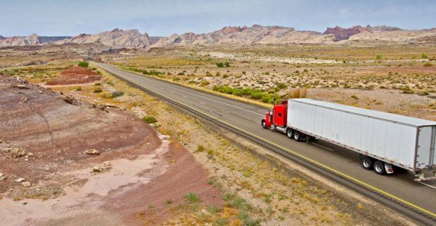 UGT y CCOO amenazan con huelgas en marzo por el bloqueo del Convenio de Transportes de Mercancías por Carretera en Toledo