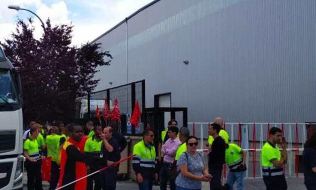Seguimiento masivo en la huelga de la plataforma logística DHL-Primark de Torija, Guadalajara