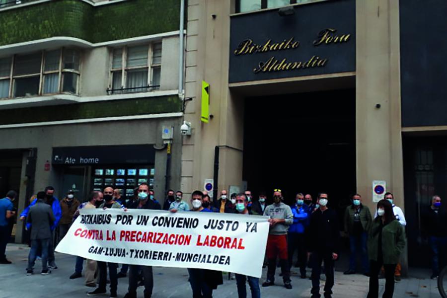 Los trabajadores del Bizkaibus Gam Txorierri Mungialdea inician paros de dos horas a partir del próximo lunes