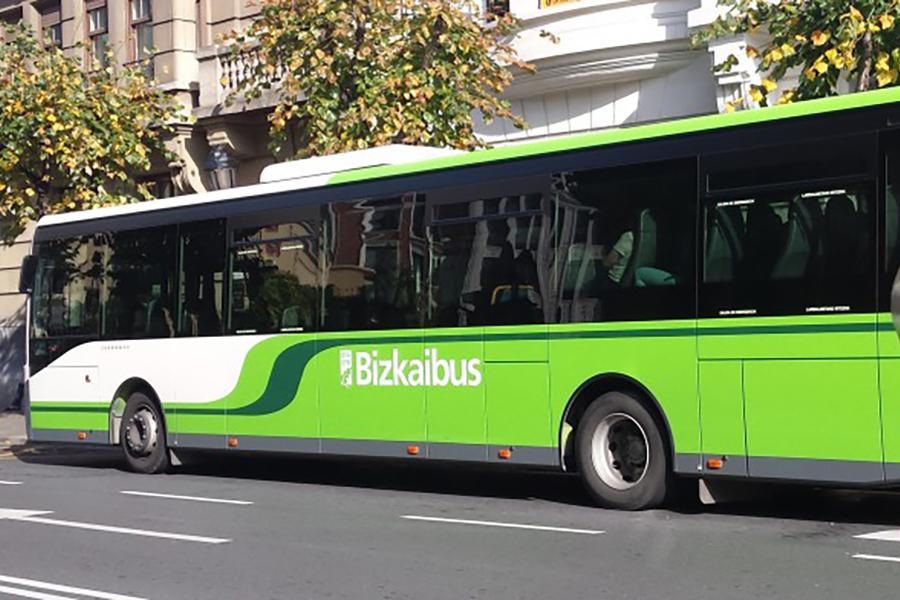 UGT denuncia la agresión a un conductor de Bizkaibus y el estrés que generan usuarios que no cumplen las normas sanitarias